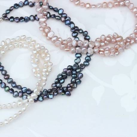 Pearl Choker Necklace with Love Knot in Pink or White