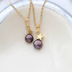 mama et moi peacock pearl pendant with gold star mother daughter pearl jewellery sets