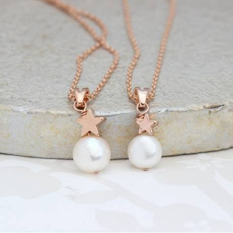 mama et moi bridal white pearl wedding pendant with rose gold star set perfect for brides and bridesmaids