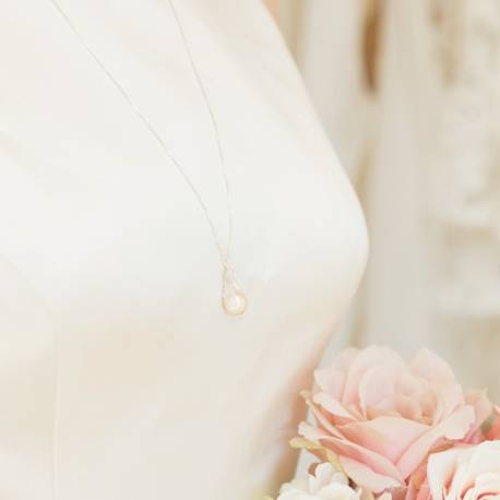 meteor natural bridal white pearl wedding pendant perfect jewellery for a modern bride