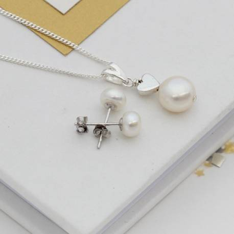 white pearl wedding pendant with silver heart and pearl stud earrings, pearl jewellery set for a bride