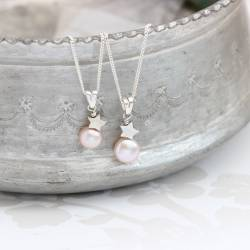mama et moi white pearl pendant with sterling silver star set for new mum and daughter