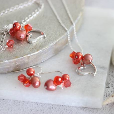 silver heart neacklace, bracelet and earrings with pearls and crystals in living coral. perfect summer jewellery sets