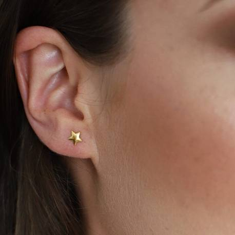 delicate small star stud earrings in silver rose gold or gold, dainty jewellery gifts she will love for christmas or birthday