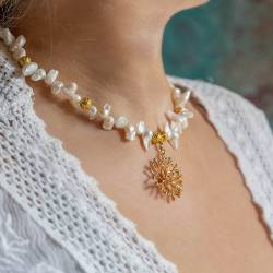 large gold plated seashell charm and pearl choker necklace
