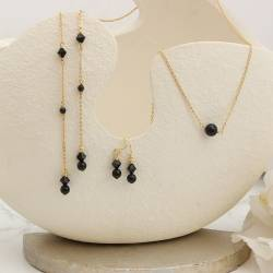 Imogen black swarovski pearl and crystal fine chain lariat and matching drop earrings in gold