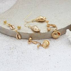 gold seashell charm earrings