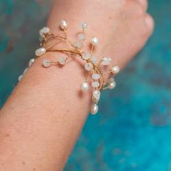 unique wire leaf cuff with pearl and moonstone on silver, gold or rose gold, elegant beaded bracelet for women