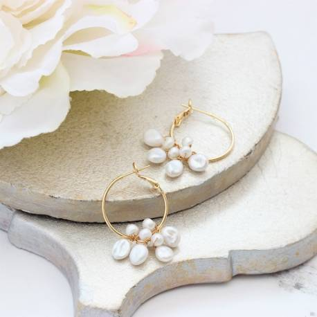 gold plated hoop wedding earings with bridal white keshi and freshwater pearls, unusual modern pearl jewellery for a bride